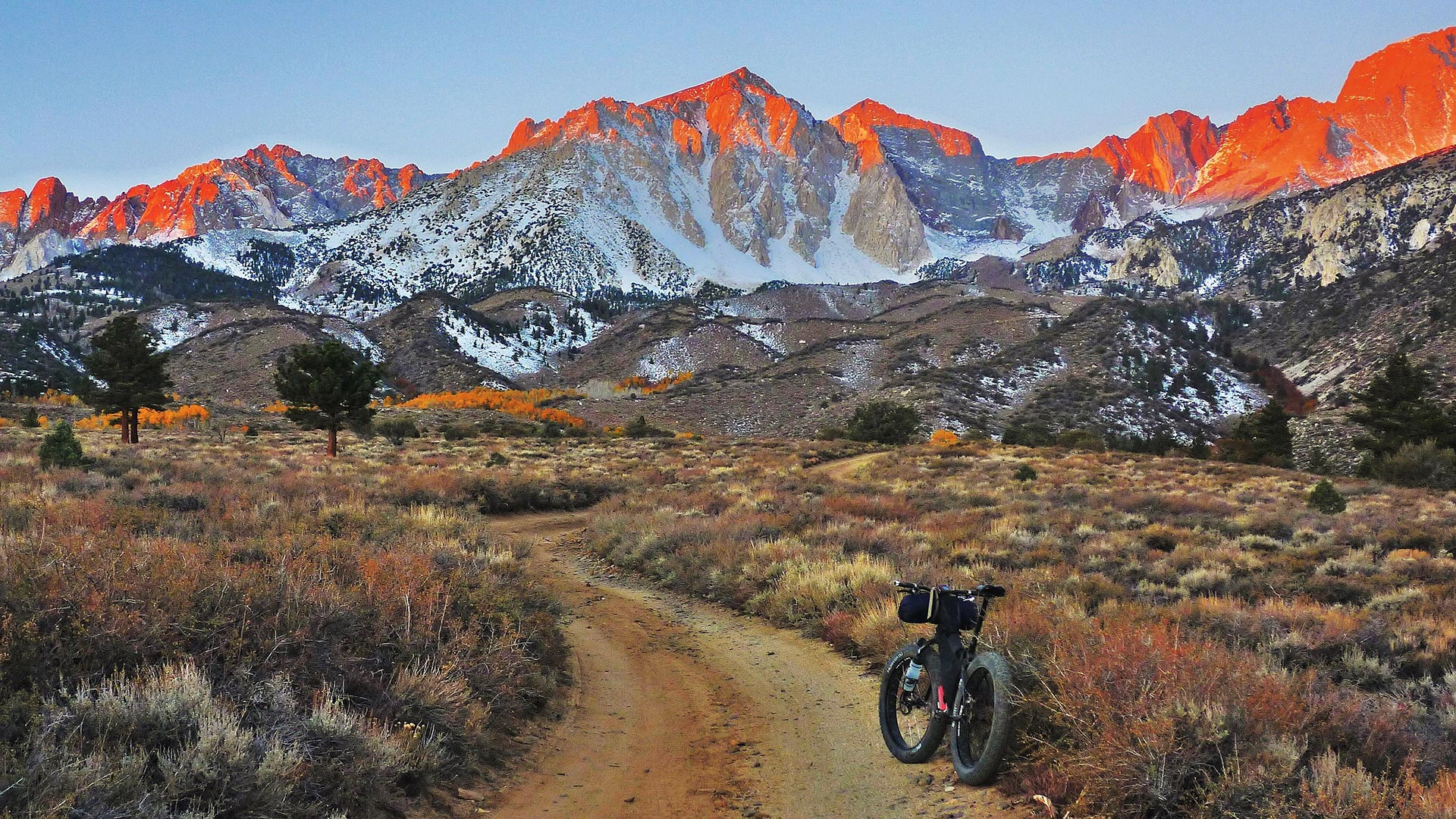 Wallpaper Wednesday – Bloody Teeth of the Sierras - photo from Tom McDonald