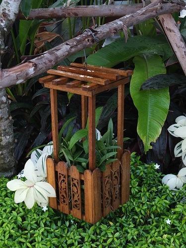 Идея деревянного кашпо