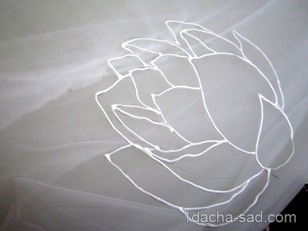Контур цветка лотоса