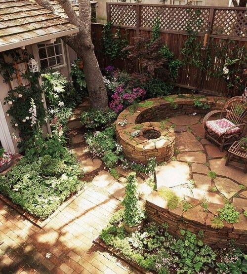 Дизайн маленькой территории у дома