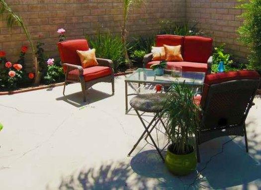 Альтернатива газону - бетонированная площадка
