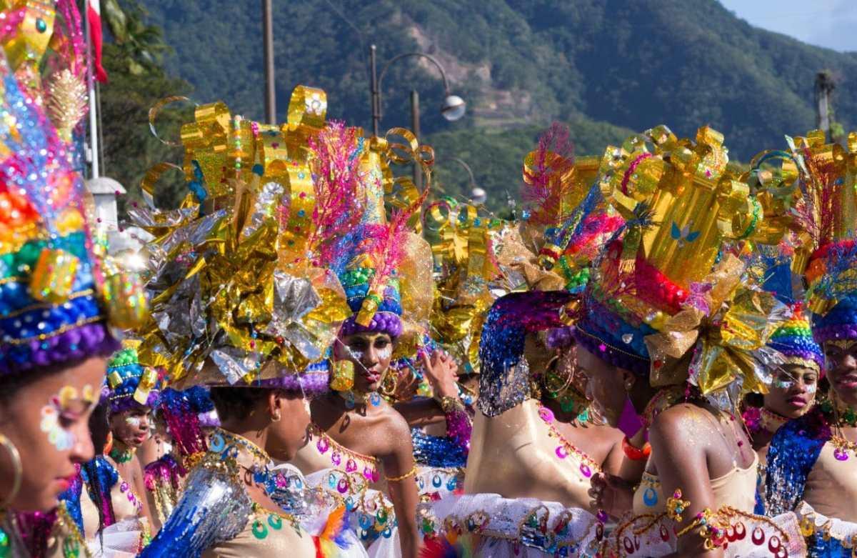 plumes et paillettes du Carnaval  #4