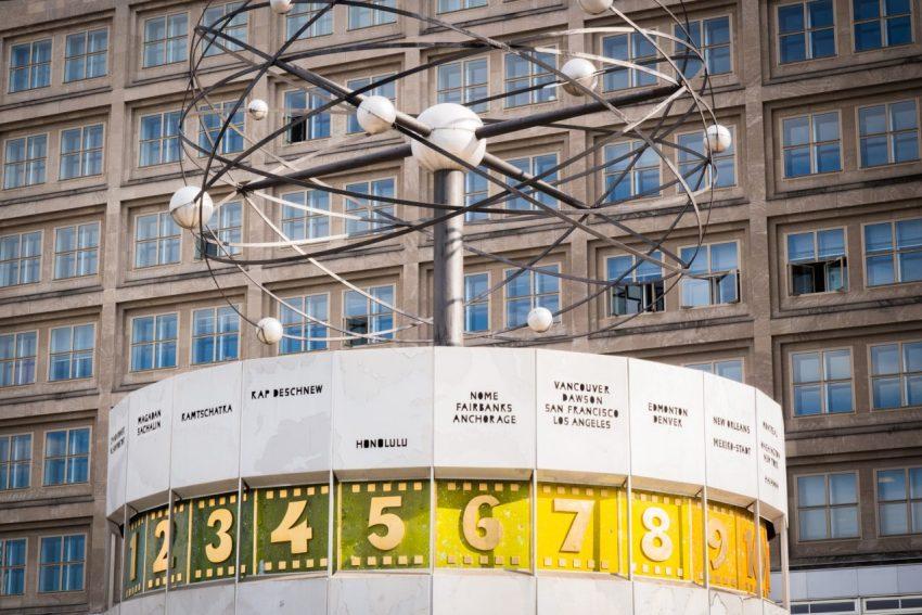 alexander platz, Mitte, horloge universelle, tour de la Television, Fernsehturm