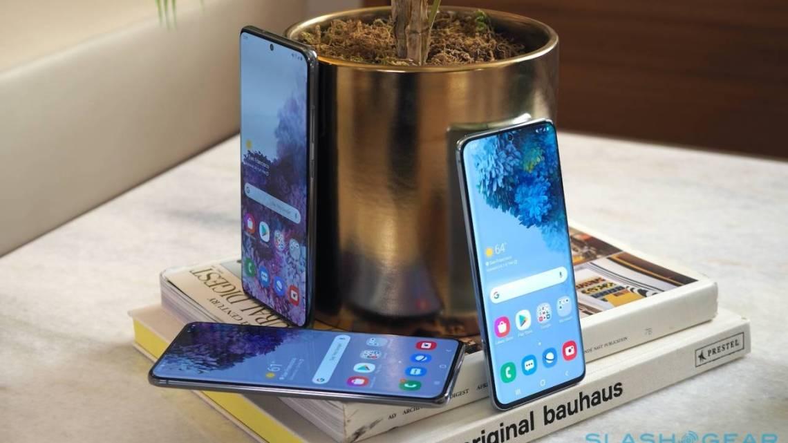 Samsung обещает три крупных обновления Android для своих устройств, АБЗАЦ