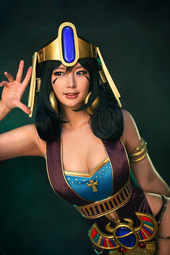 Bộ ảnh cosplay Nữ Hoàng Ai Cập từ nhóm Spiral Cats