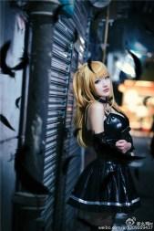 cosplay-misa-goi-cam-trong-truyen-death-note 7