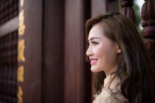 Ngọc Hà đẹp dịu dàng với áo dài đón Tết Bính Thân 2016