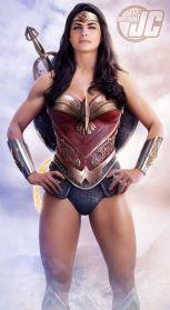 cung-xem-cosplay-wonder-woman-nong-bong-den-nghet-tho 12