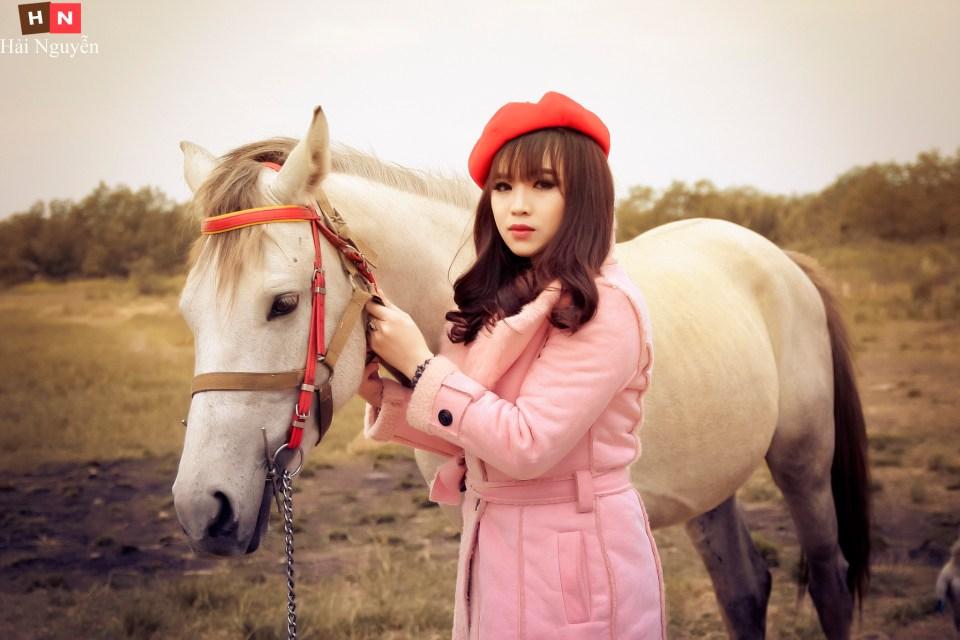 """Thảo Hiền đẹp quý phái với bộ ảnh """"Horse"""" của Nguyễn Thanh Hải"""