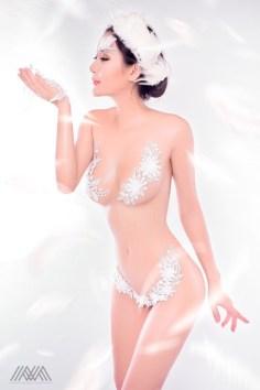 thien-than-pong-kyubi-goi-cam-voi-bo-anh-white-angel-cua-max-nguyen (1)