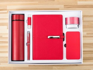 6 in 1 Gift set