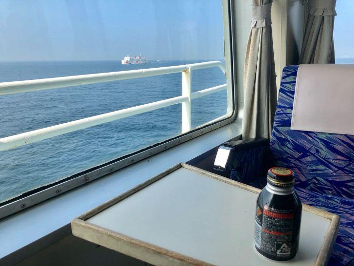 東京湾フェリーの席