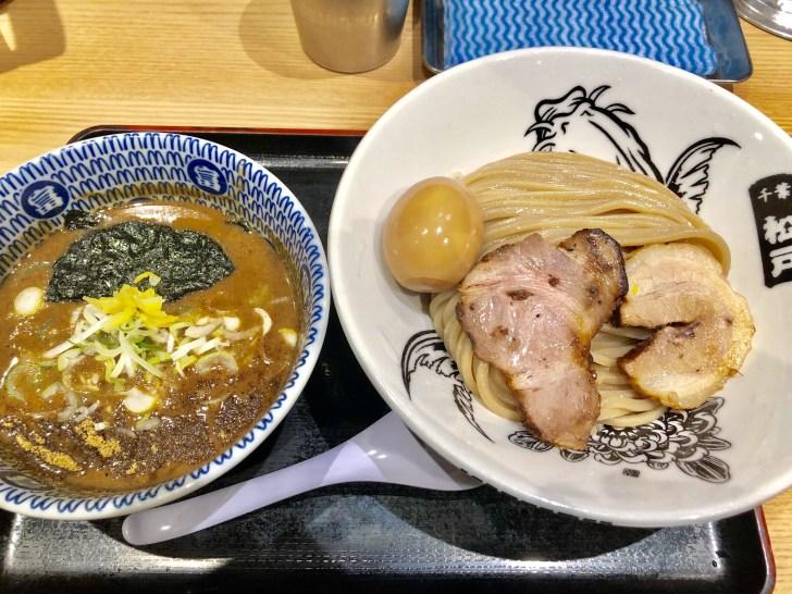 松戸富田麺業の濃厚味玉つけ麺
