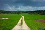 """Logatec, pris le long de la route pour Crni Vrh (qui se traduit par """"sommet noir"""" si on nous a pas raconté de conneries)."""