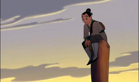 Mulan, en haut du poteau qu'il fallait escalader avec des poids, l'air satisfait mais mesuré
