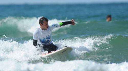 Maxime Cabanne handi surfeur
