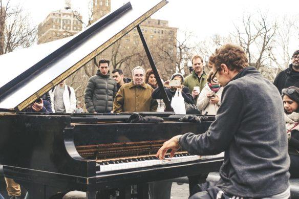 improviser au piano pour laisser libre cours à son imagination