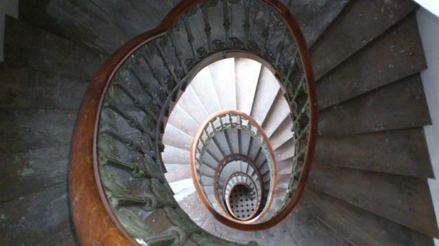 Stairs round