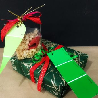 gift wrapping - 1