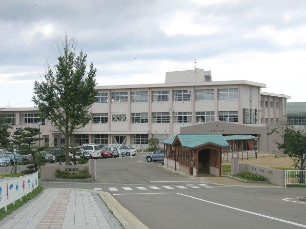 町立富来小学校改修