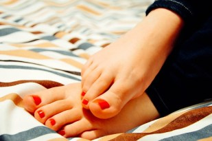 Sweaty Hands/Palms/Feet Home Remedies