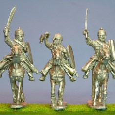 28mm Eastern Europe Mounted Knights 3, scale-lamellar, hand weapons, charging unbarded horses.