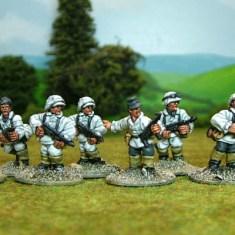 German SS Command & sub machine gunners