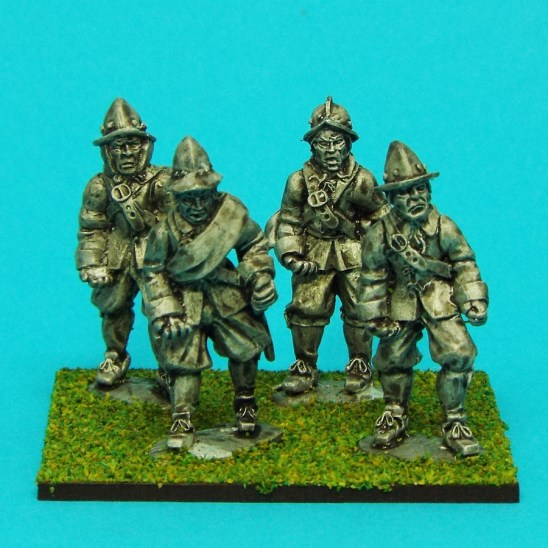 28mm english civil war pikemen wearing morian helmet
