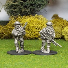 28mm Bren Gun Team A 2 man Bren Gun Team advancing.