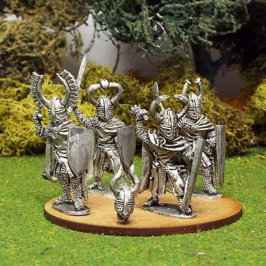 28mm Teutonic Foot knights with hand weapons wearing Cloaks 1.