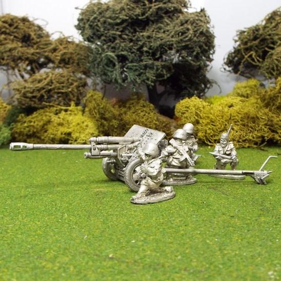 1/48 Zis3 Anti Tank Gun 4 crew