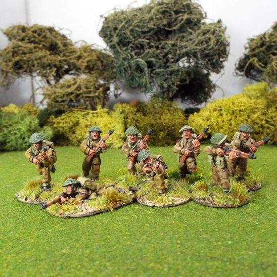 28mm ww2 WW2GB21 British Infantry Riflemen, Covered Helmets.