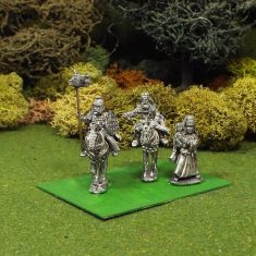 28mm Scythian Mounted King, Standard and Princess on foot