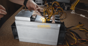 BlackMiner F1+ PSU installation Hashboard 6pin connection 3