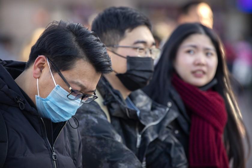 China coronavirus 'spreads before symptoms show'