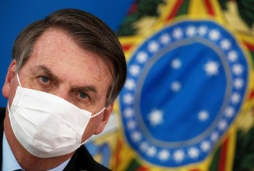 Bolsonaro approves law requiring masks on streets and in public transportation