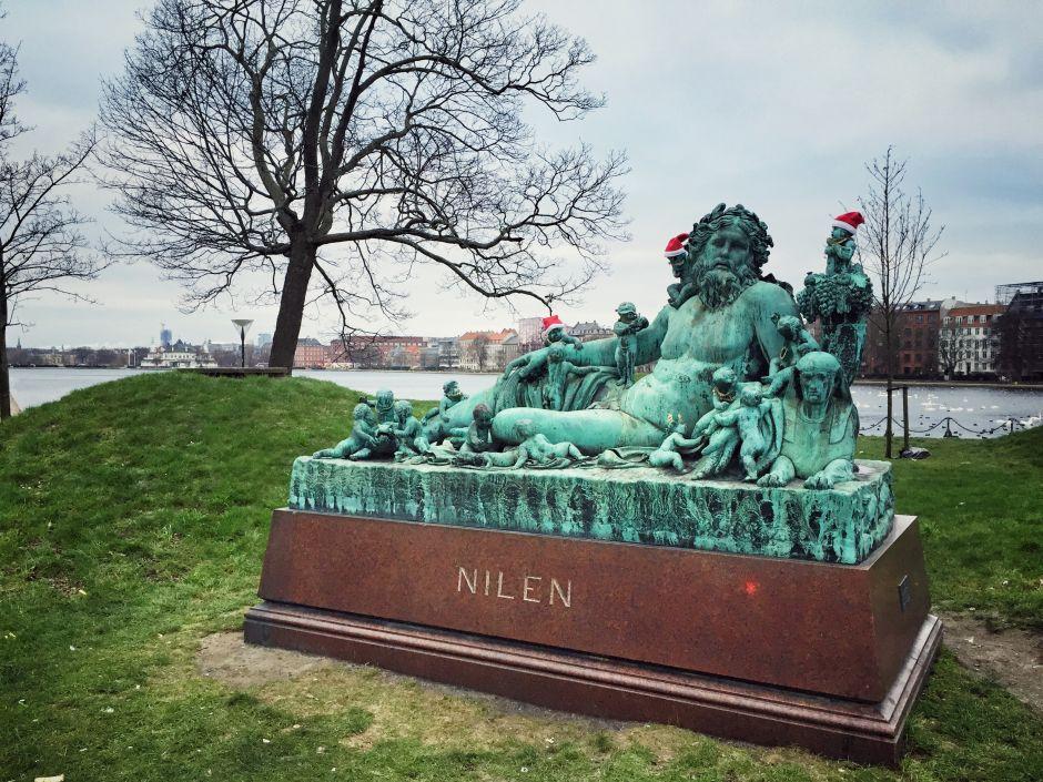 Kopenhagen Neptun-Statue Winter