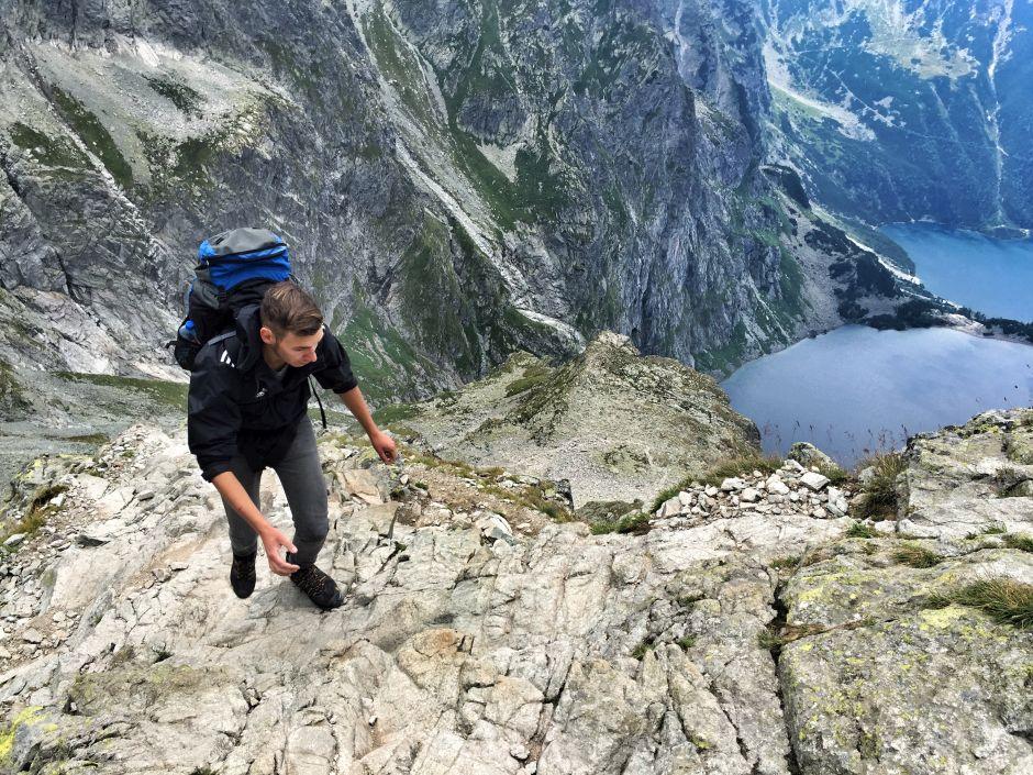 """Bei unserer Wanderung durch die Hohe Tatra waren wir ziemlich """"slow"""" untwegs: Die Grenzen von Polen in Richtung Slowakei überquerten wir zu Fuß"""