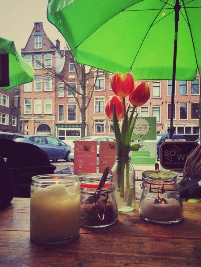 PIQNIQ_Café_Amsterdam_1 THING TO DO