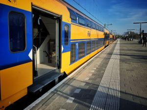 Zug Zandvoort Amsterdam