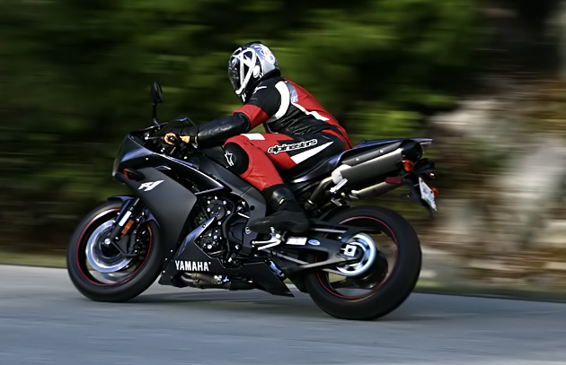 Bmw North Vancouver >> 2007 Yamaha R1 Road Impression: TNT Wrapped in a Teddy Bear – OneWheelDrive.Net