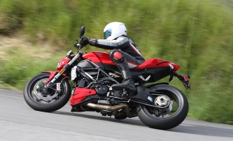 The Ducati Streetfighter: Bonkers fast