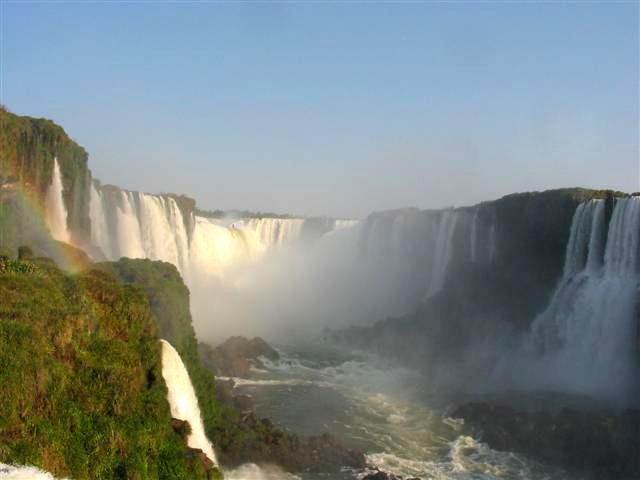 CATARATAS DEL IGUAZÚ, ENTRE ARGENTINA Y BRASIL