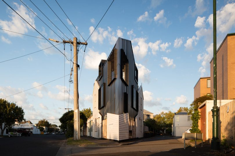 An Jaw-Dropping, Triangular-Shaped House in Melbourne