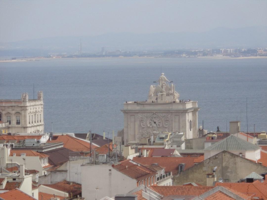 miradouro do carmo miradouro de santa justa lisboa portugal terraços do carmo ruínas do convento do carmo largo do carmo arco da rua augusta