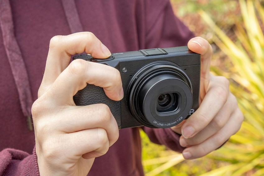 Hands-on with the Ricoh GR IIIx