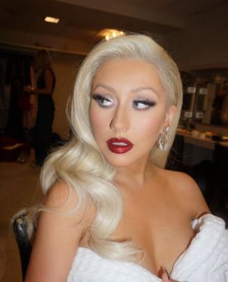 platinum hair platinum white christina aguilera