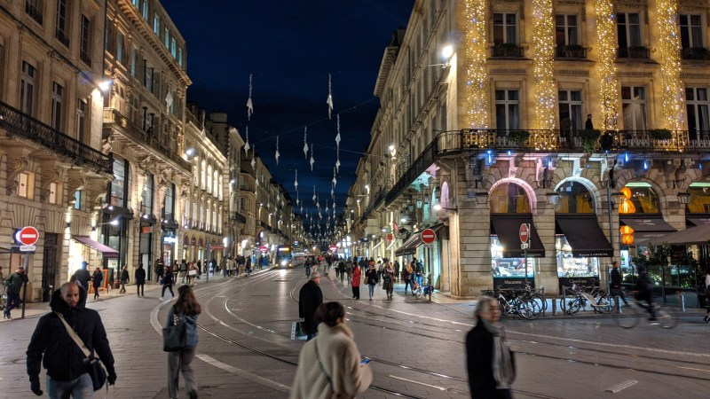 Bordeaux Self-guided Walking Itinerary- Cour de l'Intendance from the Grand Theatre