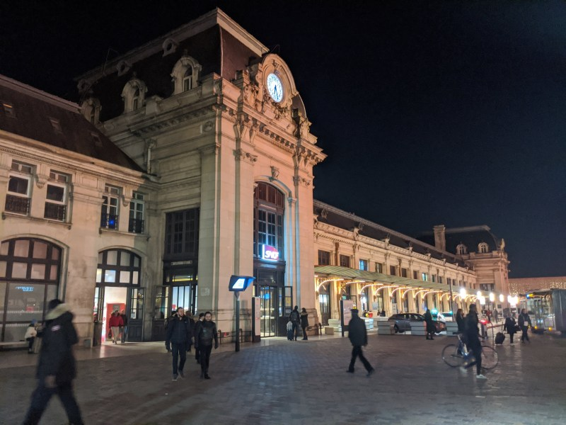 Bordeaux Self-guided Walking Itinerary- Bordeaux Gare St. John, the train station