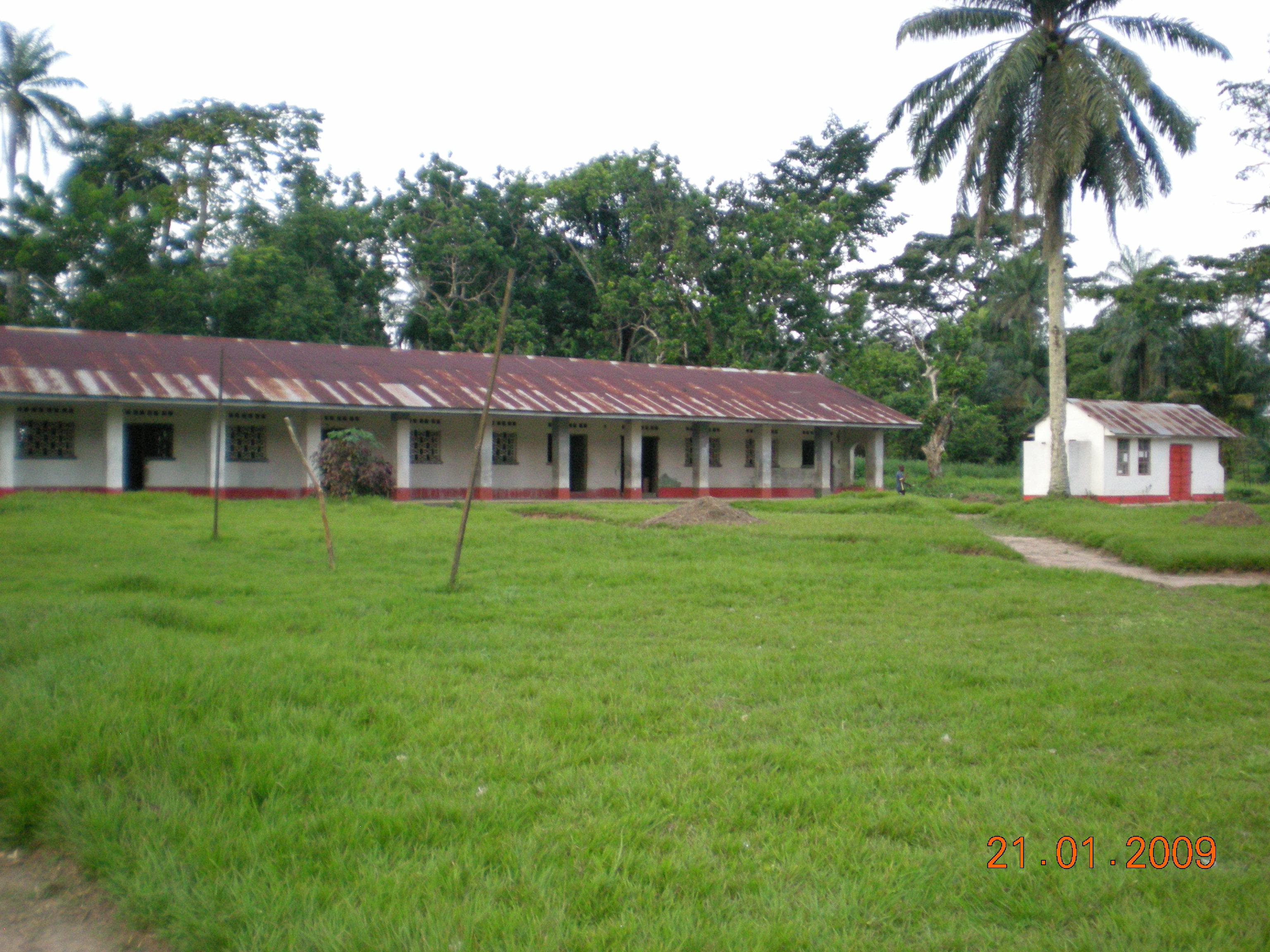 Congo-Domiongo écoles 09